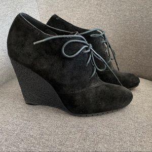 SAM EDLEMAN Black Effie Wedge Heel Booties Size 9